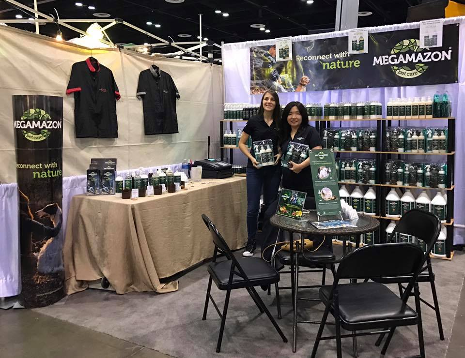 Megamazon Stand at AKC National Championship